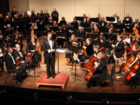 Symphony Goes to School